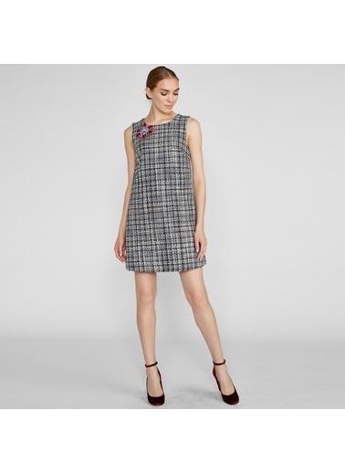 Vekem-Limited Edition Sıfır Yaka Broşlu Mini Tüvit Elbise Lacivert